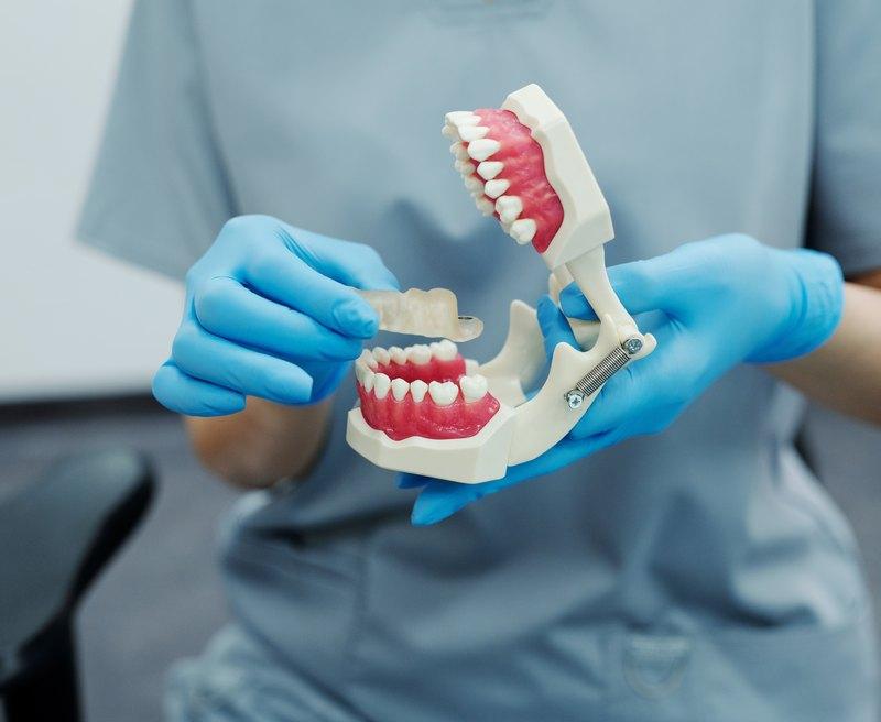стоматологические услуги цена
